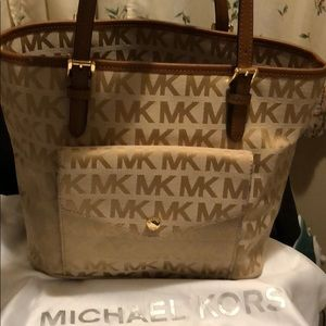 Michaels Kors handbag